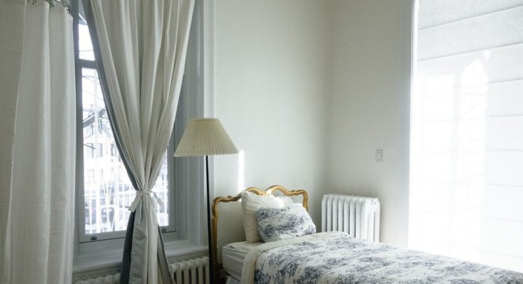Ways To Make a Small Room Feel Larger