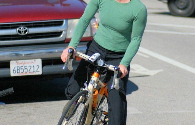 3 Tips For Staying Safe When Biking On The Road