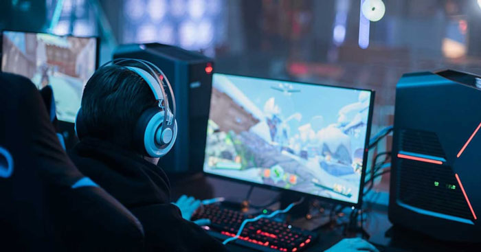 A Brief Study of the Technological Advancements in the Gaming Industry
